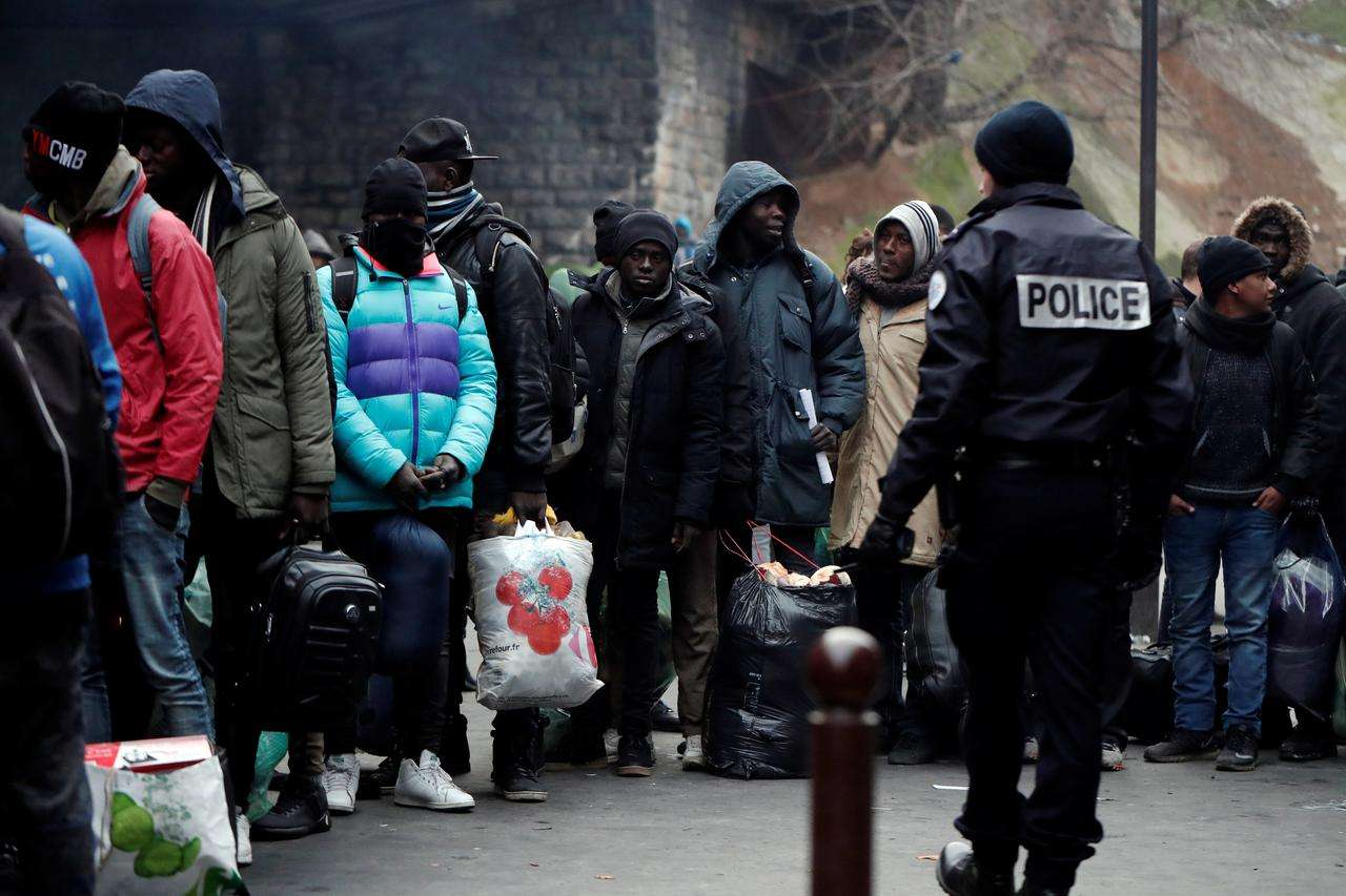 Euro-Med Monitor concerned by France's new policies targeting refugees and migrants