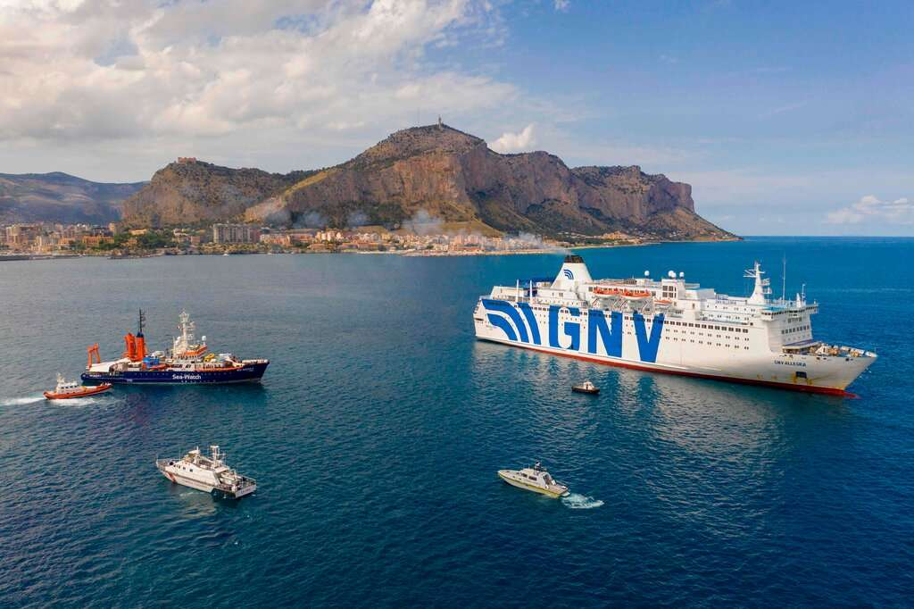 Italy's confinement of corona-positive migrants on quarantine ships discriminatory and illegal